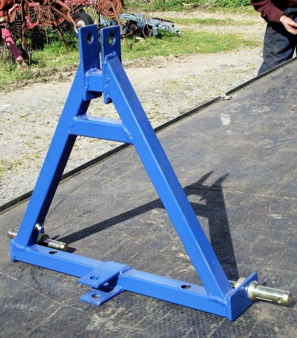 A Frame Hitch - 3 Point Linkage